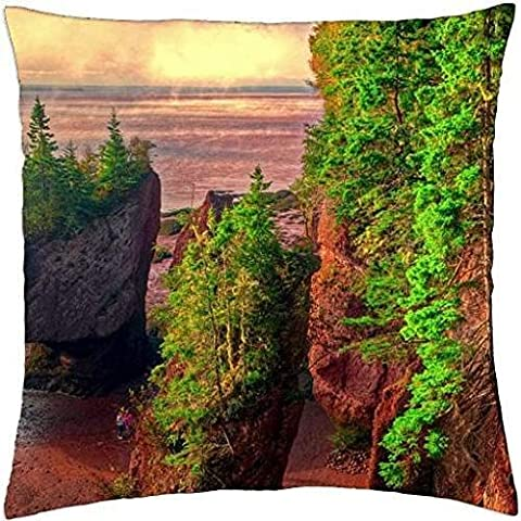 HOPEWELL ROCKS,Bay of Fundy,Brunswick - Throw Pillow Cover Case (18