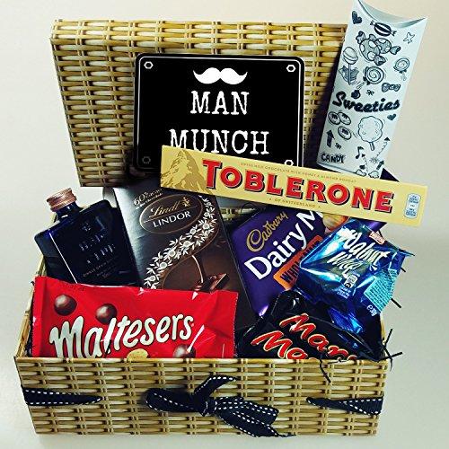 man-munch-hamper-box-haig-club-whiskey-toblerone-diary-milk-wholenut-walnut-whip-malteasers-lindt-ma