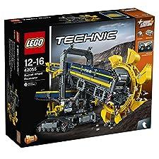 Technic - SchaufelradbaggerViel Spaß beim Bauen und Bedienen des mächtigen Schaufelradbaggers – des 2-in-1-Modells aus dem bis heute größten LEGO® Technic Set! Diese fantastische, akribisch genaue Nachbildung eines echten Schaufelradbaggers besitzt e...