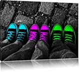 Türkis, pink, neon grüne Chucks black and white, Black Background schwarz/weiß Format: 100x70 auf Leinwand, XXL riesige Bilder fertig gerahmt mit Keilrahmen, Kunstdruck auf Wandbild mit Rahmen, günstiger als Gemälde oder Ölbild, kein Poster oder Plakat