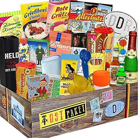 DDR 24er Geschenkbox mit Ost Spezialitäten + Geschenkverpackung Ostalgie - ostalgisch und mit DDR Waren. DAS Ostprodukte Geschenk mit Traditionsprodukten und Kultprodukten im Geschenkset - DDR 24er Geschenkbox. Ostalgie Geschenkidee Muttertagsgeschenk und Vatertagsgeschenk