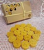 Set 30 Stk. Teelichter mit Wenachtsmotiven aus 100% Bienenwachs Kerzen ohne Aluschalen.