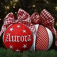 Crociedelizie, pallina di Natale personalizzata 8 cm nome ricamato decorazione natalizia personalizzabile rosso e raso bianco idea regalo