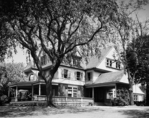 Facade of a house Home of Theodore Roosevelt Sagamore Hill Oyster Bay New York State USA Poster Drucken (45,72 x 60,96 cm) - Roosevelt Sagamore Hill