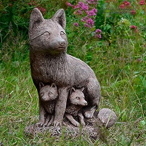 ONEFOLD FOX FAMILY REALISTIC HAND CAST STONE GARDEN ORNAMENT /