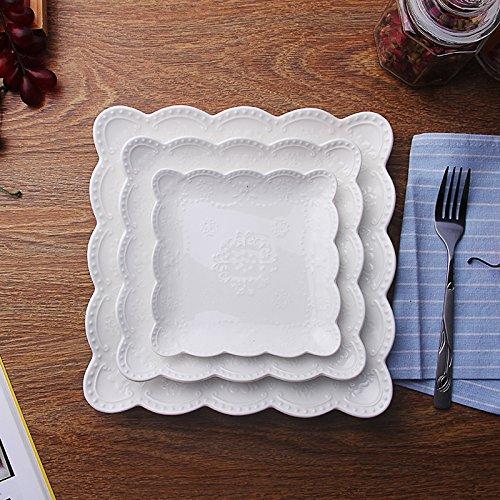 XOSHX (3 Stück Set) Jane Weiß Geprägte Keramik Teller Geschirr Gebäck Obstteller Kuchen Porzellanform Steak Tablett Geschirr Besteck (Gold Mit Kunststoff-platten Trim)