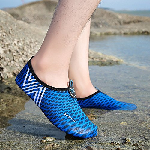 Moderno Pattini a piedi nudi Traspirante Scarpe Aqua Pattini dellacqua Scarpe da spiaggia Conveniente Morbido Pantofole da bagno Scarpe da spiaggia Disegno a strisce Asciugatura rapida uomo donna Dark Blue
