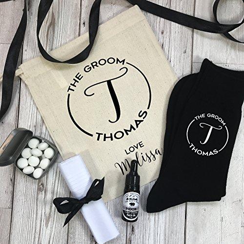 personalisierbar Monogramm Groom Hochzeit Geschenk-Set Socken, Münzen, Gesicht Öl, Taschentuch mit Geschenk Tüte (Bräutigam Hochzeit Taschentuch)