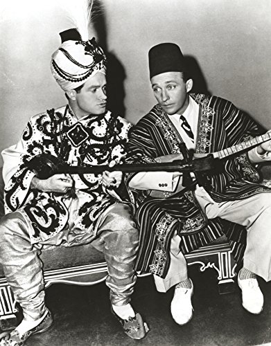 The Poster Corp Bob Hope Seated with Man Wearing Arabian Outfit Photo Print (20,32 x 25,40 cm)