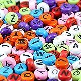 1000 Mehrfarbige Alphabet Buchstaben Perlen von Kurtzy - 6 x 6mm DIY Armband, Halsketten-Herstellung und Kinderschmuck Bastelperlen - Acryl-Buchstabenperlen - Hochwertige Ergebnisse