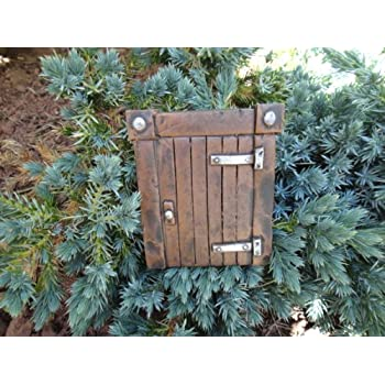 HOBBIT GATEWAY (THE MAGICAL DOORWAY) IDEAL FOR GARDENS AND BOTTOM OF TREES - GARDEN ORNAMENT by The Magical Doorway