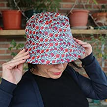 Sombrero Impermeable - Amapolas - Gorro de lluvia hecho a mano con tela  impermeable y forro a83469519e2a