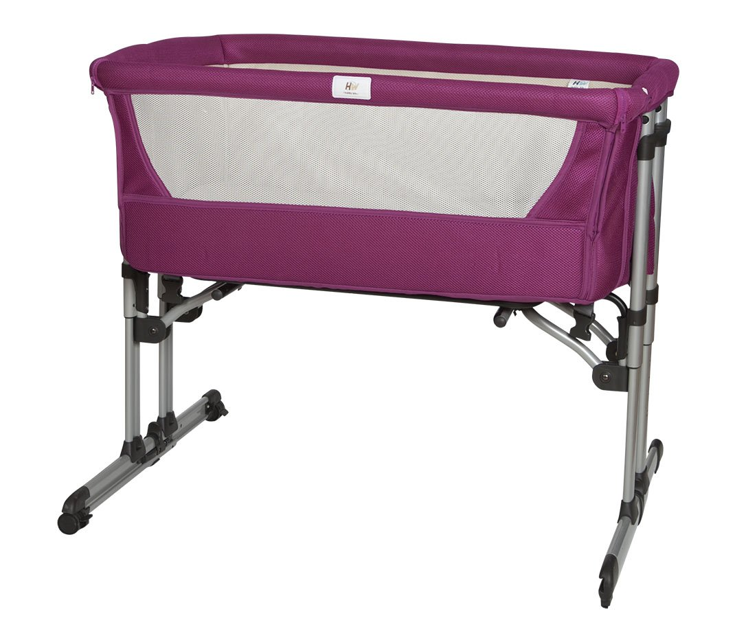 minicuna Baby colecho Adjustable 6 Heights, Aluminium. Quilt + Pillow Case + Fitted Sheet of Gift  The crib that promotes the Co-Sleeping, night nursing and allows you to sleep close to your baby Height adjustable in 6 positions for greater adaptability thanks to its adjustable feet is also compatible with beds with drawer The cradle can be separated from the parents bed, then be used as a standard cot mattress measurements of the minicuna: Length 94 mm x Width 69 x Height 82 cm: Length 80 x Width 50 cm Recommended age: 0 to 6 months (or a maximum of 9 kg) 2