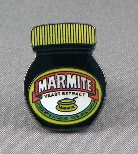 pin-de-metal-esmaltado-tarro-de-marmite-negro-extension-de-levadura-no-vegemite-amor-it-o-hate-it
