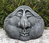 Steingesicht Steinkopf in Schiefergrau, frostsichere Deko-Figur für den Garten