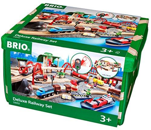 Brio GmbH BRIO World 33052 - Straßen und Schienen Set Deluxe