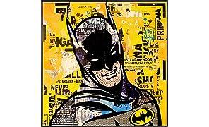 """JUNIQE® Poster encadré 50x50cm Batman - Design """"Bruce"""" (Format : Carré) - Affiche encadrée, Affiche sous cadre & Poster sous cadre par des artistes indépendants - Posters de super-héros - créé par Gieler"""