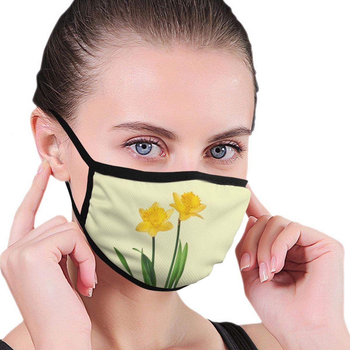 Bdwuhs Mascarillas Bucales Yellow Spring Daffodils – Daffodil Template Anti Pollution Dust Mask Washable and Reusable Polyester Face Mouth Mask Protection from Flu Germ Pollen Allergy Respirator Mask