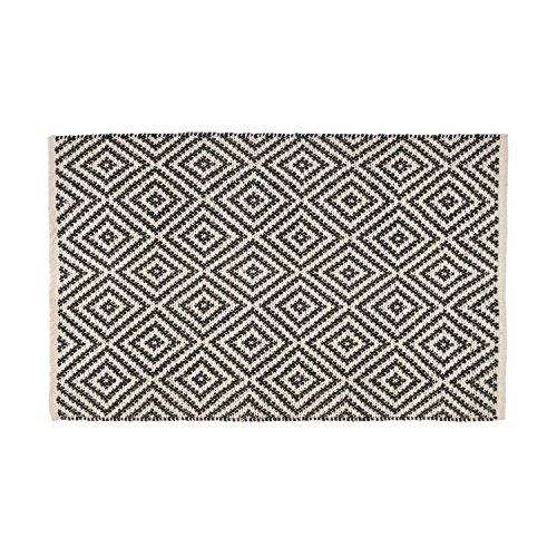 BlackVelvetStudioAlfombraKenyaColornegro/beigeTejidaconnudocreandounestampadogeométrico100%algodón150x75cm
