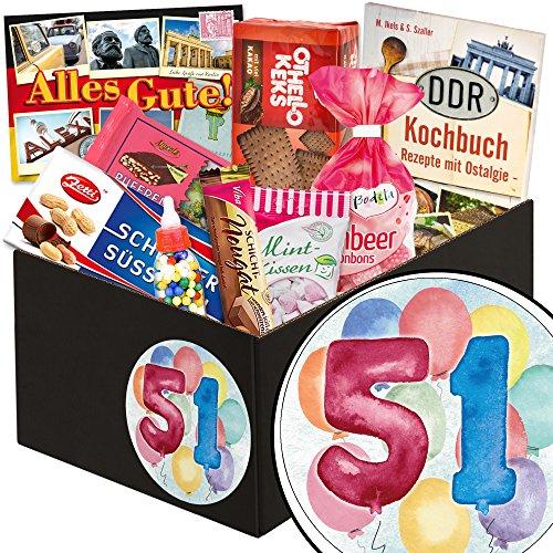 51 Geburtstag | Süße DDR Box | in aquarell Zahl 51 | zum Geburtstag | schwarze Süßigkeiten Box | mit Puffreis Schokolade, Viba, Zetti und mehr