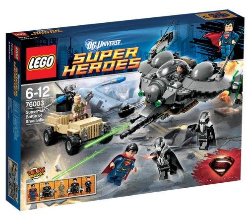 er Heroes DC Universe, Superman: Schlacht von Smallville Superman kämpft um Smalville. Mit 5 kleinen Figuren Superman, Oberst Hardy, General Zod, Faora und Tor-An. ()