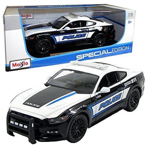 cial Edition Series 1:18 Scale Die Cast Car Set - Black and White Color Police Cruiser 2015 FORD MUSTANG GT with Display Base (Car Dimension: 10 x 4 x 3) by Maisto ()