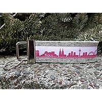 Schlüsselanhänger Schlüsselband Wollfilz hellgrau Köln Skyline rosa weiß!