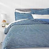 AmazonBasics Microfiber 3-Piece Quilt/Duvet/Comforter Cover Set - Queen, Gingham Plaid