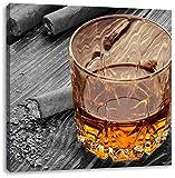 Zigarren hinter Whiskeyglas schwarz/weiß, Format: 70x70 auf Leinwand, XXL riesige Bilder fertig gerahmt mit Keilrahmen, Kunstdruck auf Wandbild mit Rahmen, günstiger als Gemälde oder Ölbild, kein Poster oder Plakat