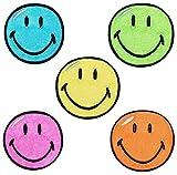 4 tlg. Set: Bügelbilder - Smiley bunt - 5,5 cm * 5,5 cm - Aufnäher gewebter Flicken / Applikation - Gesichter Smile Emotion Smileys / lachend grinsend - bunt World - Mädchen Jungen Kinder Erwachsene - Smilies
