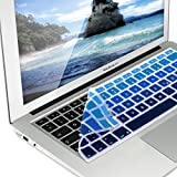 kwmobile Silikon Tastaturschutz QWERTZ für Apple MacBook Air 13''/ Pro Retina 13''/ 15'' im Hellblau Dunkelblau