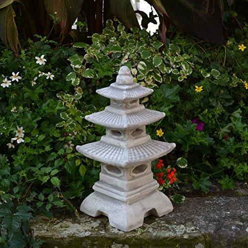 japanese garden lanterns. Black Bedroom Furniture Sets. Home Design Ideas