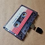 USB Mixtape, retro, Quirky Gift, Music, Cool, cute, amore, presente, ragazzo, ragazza, 80S, anni, gadget, Geek, ufficio, novità, compleanno, matrimonio, anniversario, San Valentino, Natale, regali per lei, regalo per lui, Riflessivo, flash drive, caricare canzoni, foto e video Black 16 Gb