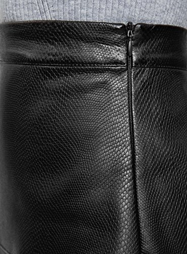 oodji Collection Damen Rock aus Lederimitat in Reptil-Optik Schwarz (2900N)