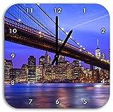 New York Brooklyn Bridge, Wanduhr Quadratisch Durchmesser 28cm mit schwarzen spitzen Zeigern und Ziffernblatt, Dekoartikel, Designuhr, Aluverbund sehr schön für Wohnzimmer, Kinderzimmer, Arbeitszimmer