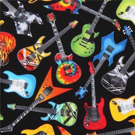 Tissu noir avec des guitares multicolores, bleues, orange par Timeless Treasures