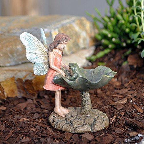 miniatura-jardin-de-hadas-hada-con-una-rana