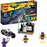 Picture of LEGO 70902 Batman Movie Catwoman Catcycle Chase Batman Toy
