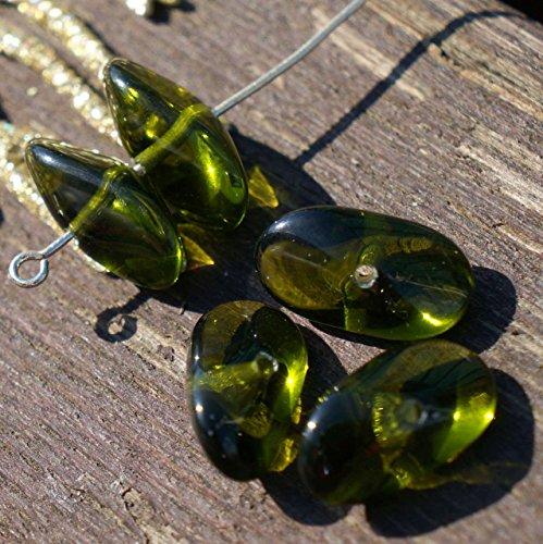 Vert clair Grande Hélice Verre tchèque Perles Vert Perle de Verre Verte Ovale Perle tchèque Perles Vertes Grand Ovale Perle de 15mm x 7mm 8pc