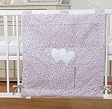 Organiseur de lit bébé – Liberty rose à coeurs
