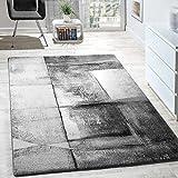 Questo tappeto piace con le sue sfumature di colore eleganti eil designimpressionanteattira l'attenzione nell'ambiente e lo completa perfettamente. Il mélange di colori e il design donano un effetto tridimensionale al tappeto. Il materiale...