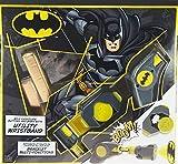 Set regalo pasquale di cioccolato al latte Batman DC con un pratico bracciale giocattolo - con proiettore!