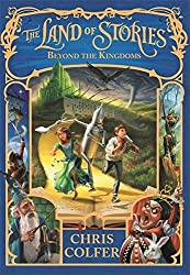 The Land of Stories: 4: Beyond the Kingdoms by Chris Colfer (2016-06-09)