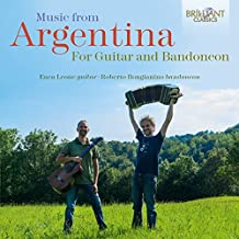 Music from Argentina for Guitar and Bandoneon [Import allemand]