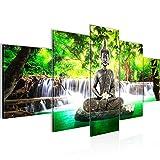 Runa Art Bilder Buddha Wasserfall Wandbild 200 x 100 cm Vlies - Leinwand Bild XXL Format Wandbilder Wohnzimmer Wohnung Deko Kunstdrucke Grün 5 Teilig - Made IN Germany - Fertig zum Aufhängen 503551a