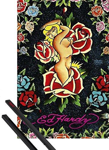 Poster + Sospensione : Ed Hardy Poster Stampa (91x61 cm) Rose Pinup E Coppia Di Barre Porta Poster Nere 1art1®