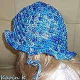 Sonnenhütchen in wundervollen Farbverläufen in Blau, Hellblau und Mittelblau für ein Baby und Kleinkind aus 100% Baumwolle