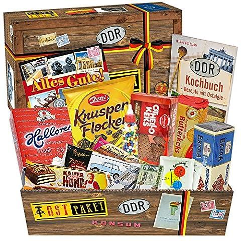Süssigkeiten Box mit Waren DDR – Liebesperlen in Babyfläschchen, Keks