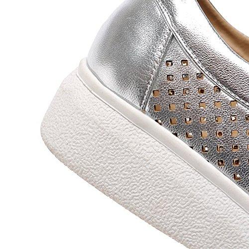 AgooLar Damen Rund Zehe Ziehen Auf Pu Leder Gemischte Farbe Niedriger Absatz Pumps Schuhe Silber