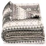 CelinaTex Schneestern, XXL Kuscheldecke Sterne, grau weiß beige 200 x 220 cm, Fleecedecken kuschel weich flauschig, Plaid 5001397